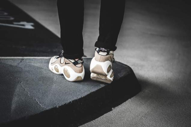 nike-nikelab-zoom-flight-95-beige-941943-001-mood-2